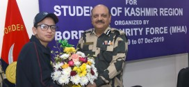 KASHMIRI CHILDREN CALLED ON NASIR KAMAL, SDG (OPS) BSF